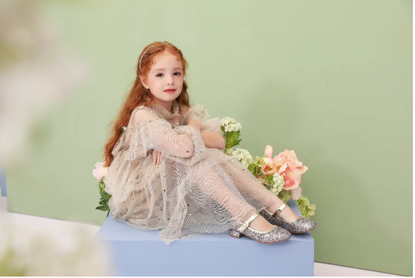 """百麗上新/3款演出鞋,做自己的女王、""""別人家""""的公主"""