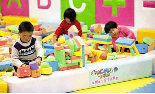 """儿童乐园加盟店必经3阶段,经营者如何""""见招拆招""""?"""