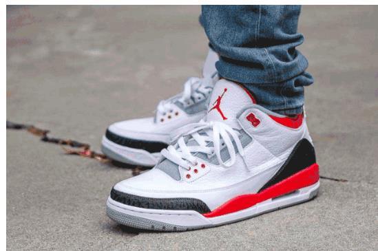 经典爆裂纹 + Logo 叠加!新火焰红 Air Jordan 3 即将登场