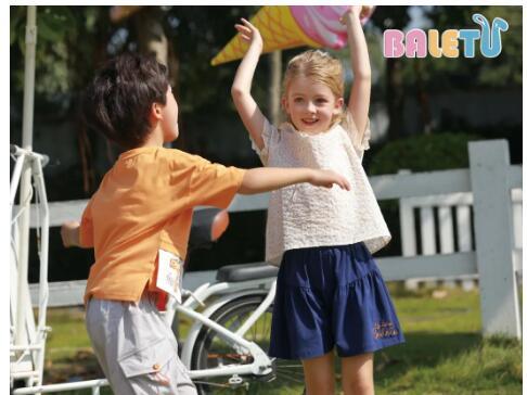 芭乐兔|中国童装行业格局及发展趋势分析