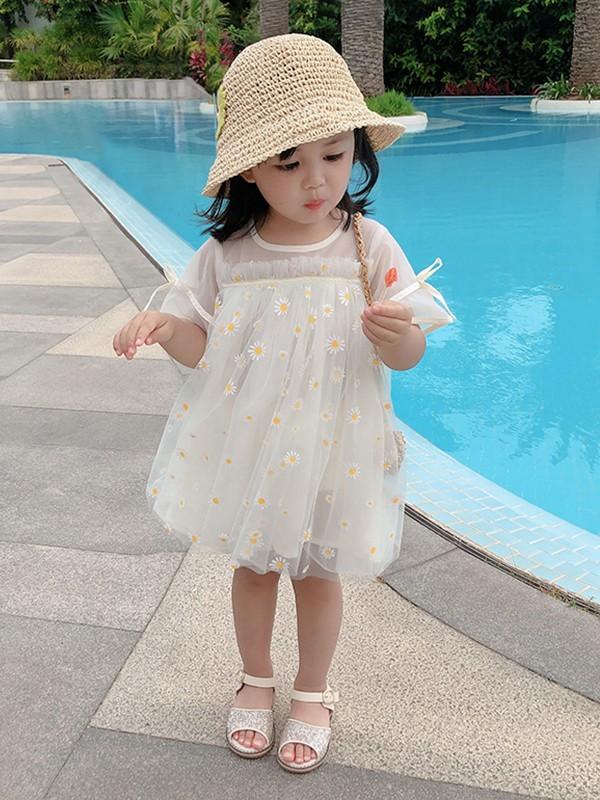 童图童装给孩子提供一个健康快乐的童年生活