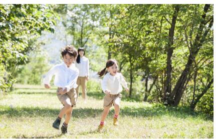 江博士健康鞋助力孩子用步行去丈量世界