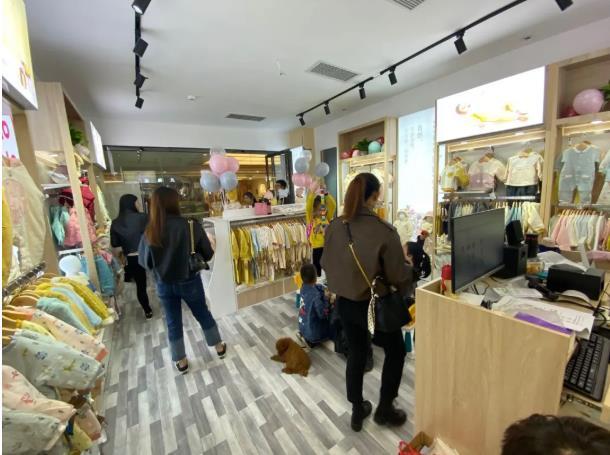 麦拉贝拉湖南娄底万豪形象店盛大开业,开业福利来袭