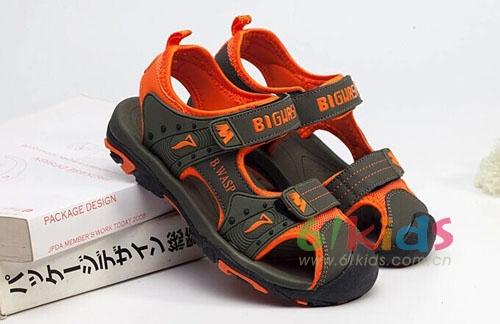大黄蜂童鞋:一夏天一双,购了!