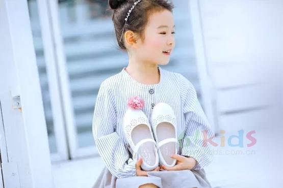 四季熊2017秋季新品訂貨會在廣州總部順利舉行!