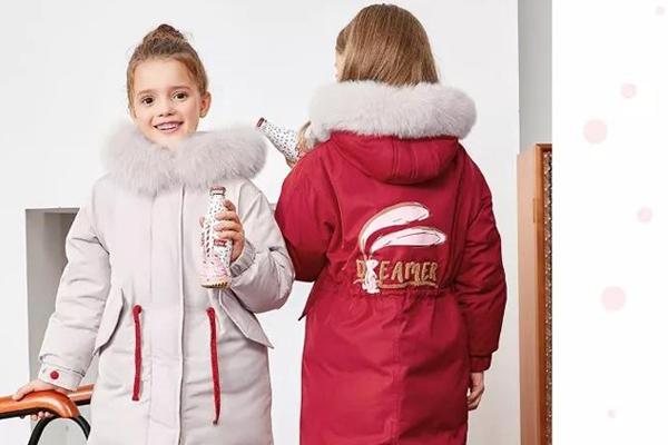 笛莎:天冷了想買羽絨服?看這一篇就夠了!