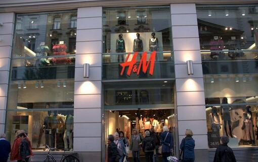 快时尚品牌大力开拓线上之路 仅有H&M例外