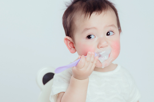 有機輔食小百科:如何混合喂養寶寶?