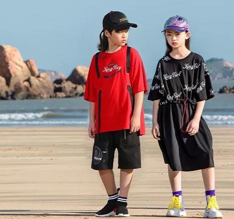 KBOY&KGIRL 丨 跃动时尚,全新姿态表达少年积极进取的个性主张