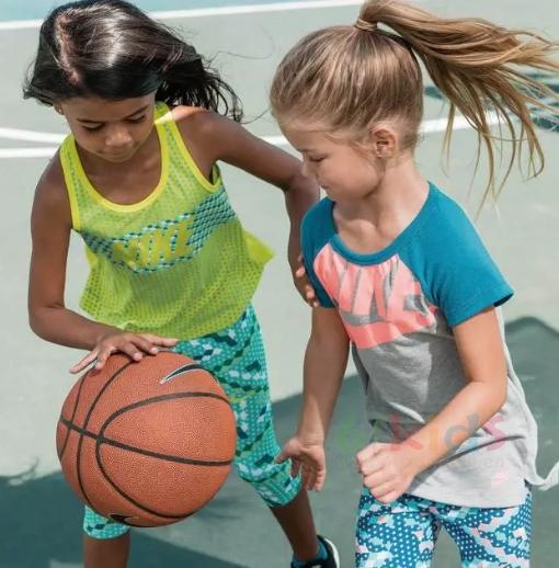 Nike Roshe One 挑战夏季酷爽体验