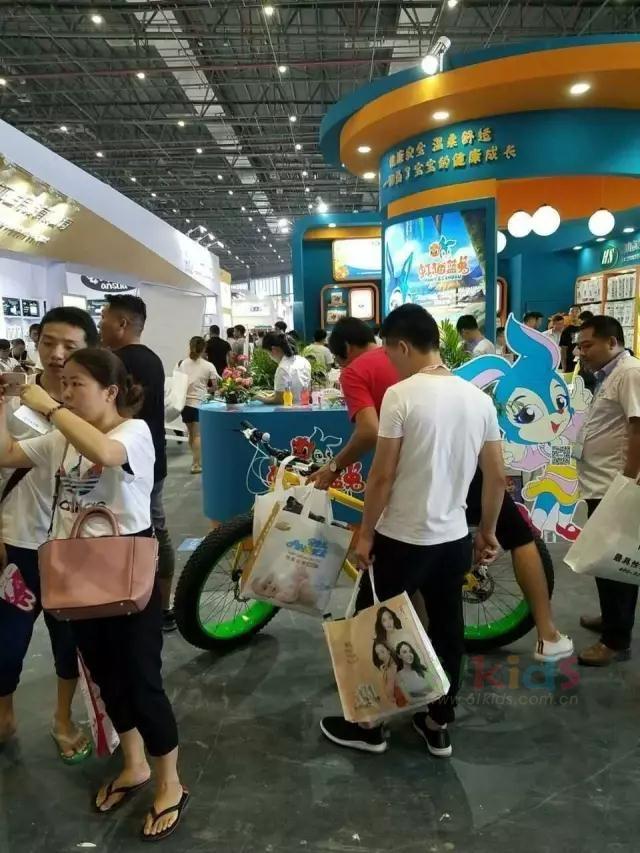"""""""虹猫蓝兔""""联合""""合生卫生""""重磅亮相2017CBME中国(上海)孕婴童展"""