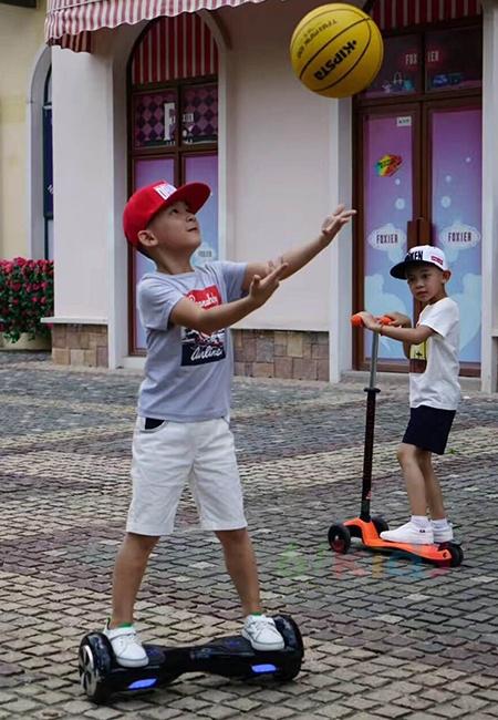 banana baby童裝街拍大片 給你一個炫酷的夏天