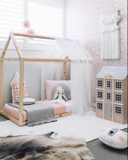 蒙蒙摩米:小寶寶粉粉嫩嫩的穿搭指南