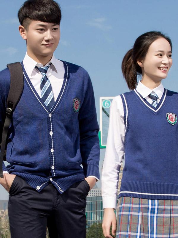 優卡校服品牌致力于打造屬于中國的名校風范