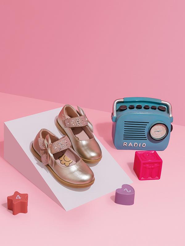 大东品牌2019新款秋季小童单鞋