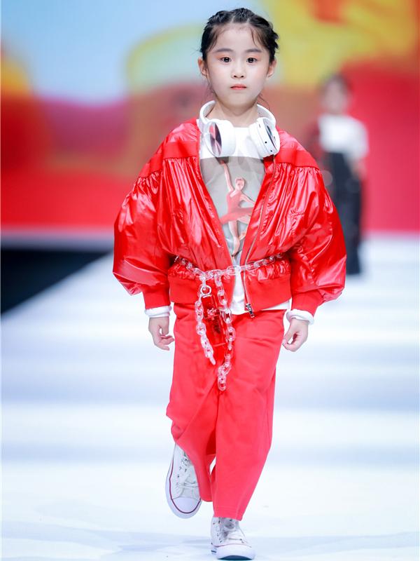 跋特BAT中國國際兒童時尚周秀場